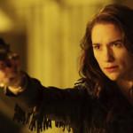 Wynonna Earp: Série conquista com heroína desbocada e problemática