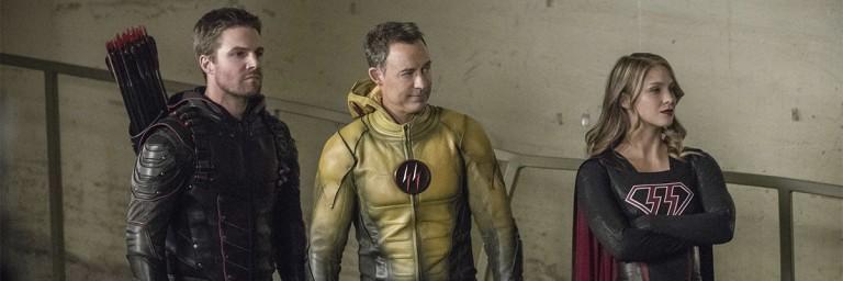 """Crisis on Earth-X: """"Filmão"""", super crossover tem casamento, morte e mais"""