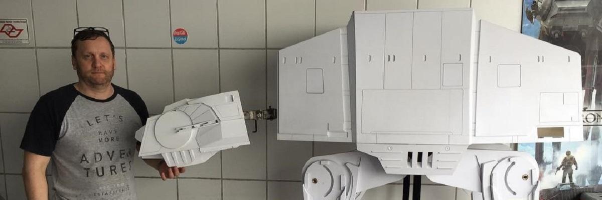 Comerciante do interior de São Paulo cria maquetes gigantes de Star Wars