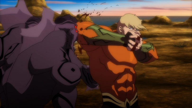Aquaman em cena de luta em Liga da Justiça: Trono de Atlântida