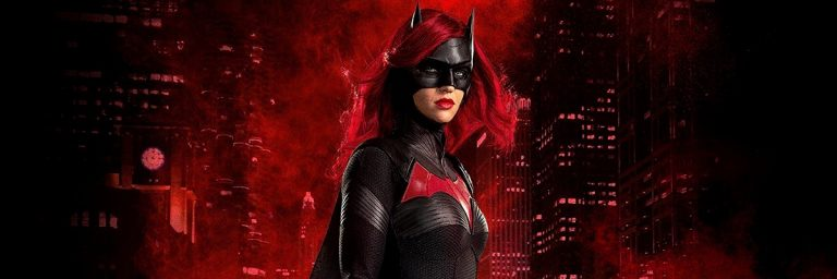 Batwoman: 1ª temporada acerta com representatividade e drama familiar
