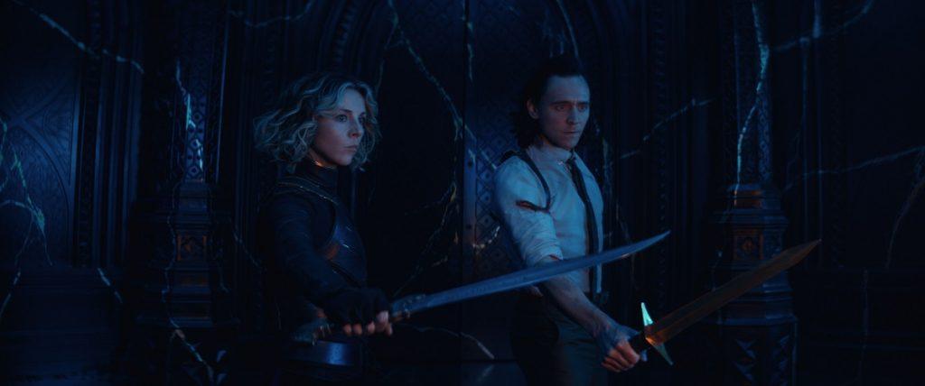 Cheia de carisma, Loki escancara portas para multiverso